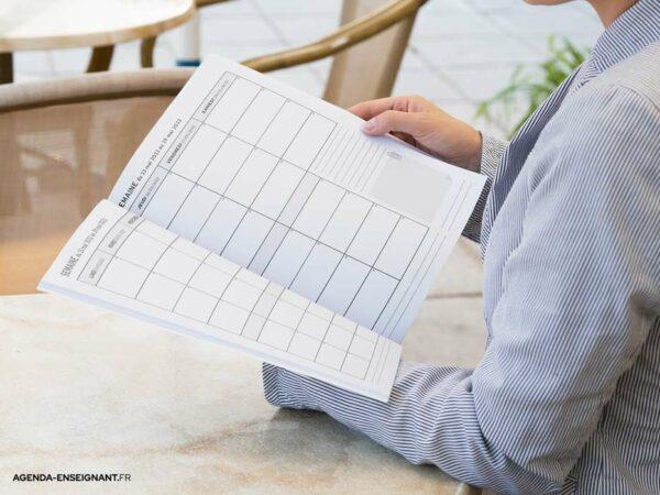 agenda-2021-2022-prof-des-ecoles-photo-09
